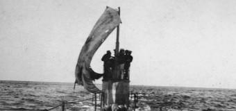 Субмарины и эсминцы под парусами