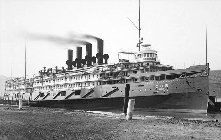 "Мичиганский ""Титаник"""
