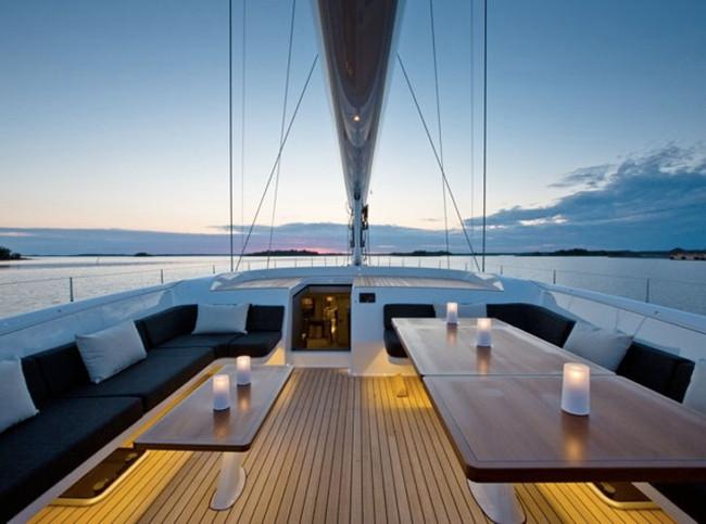 Яхта «Inukshuk»