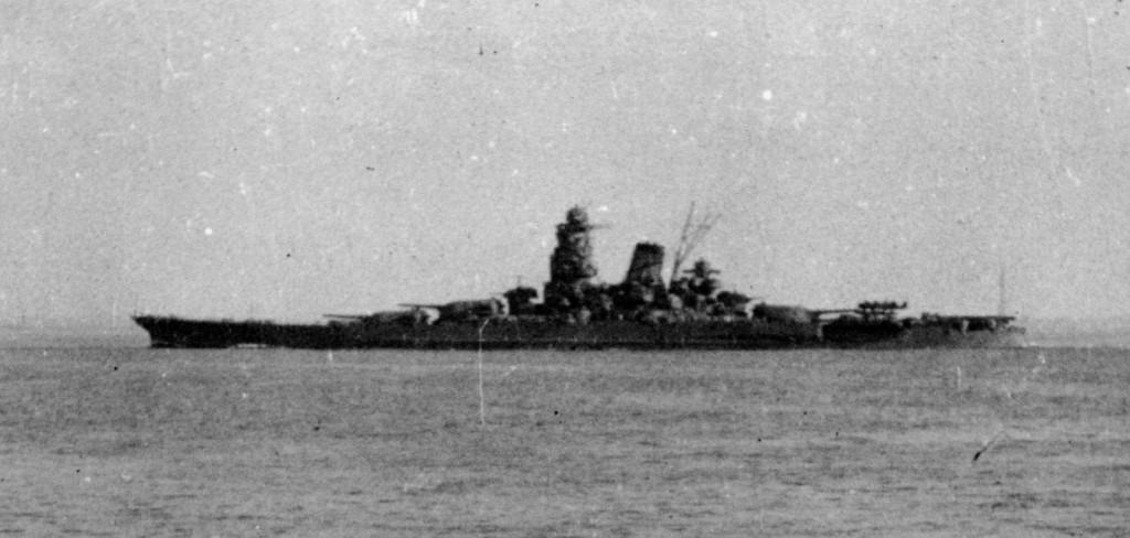 """Мусаси"" за 2 дня до гибели. Бруней, 22 октября 1944 г."