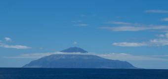 Остров затерянный в океане.