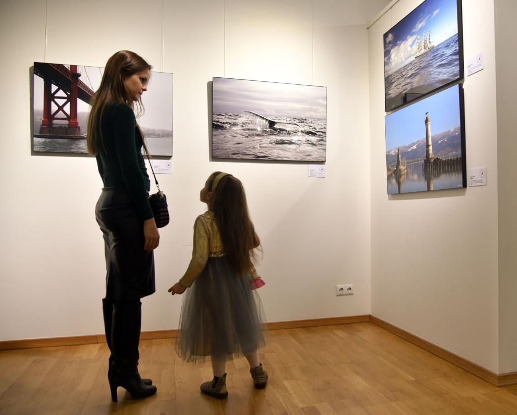 В залах выставки