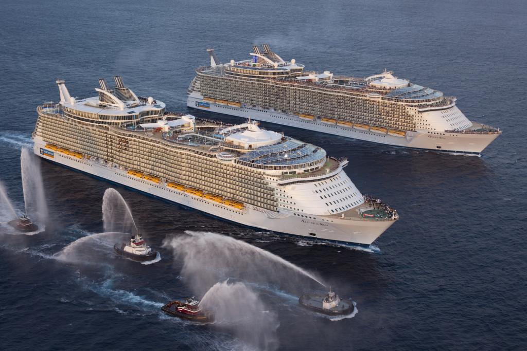 Крупнейшие в мире круизные пассажирские суда в совместном плавании, 2011 г.