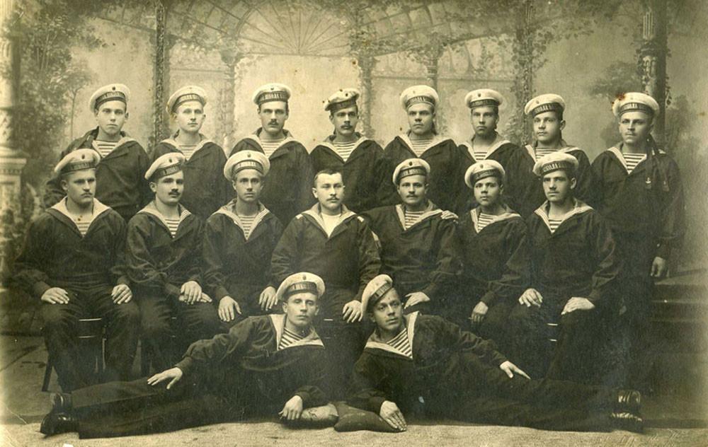 Группа нижних чинов Балтийского флота, 1915 г.