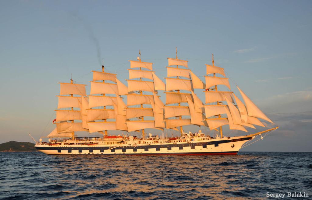 Пятимачтовый круизный парусный корабль «Royal Clipper».
