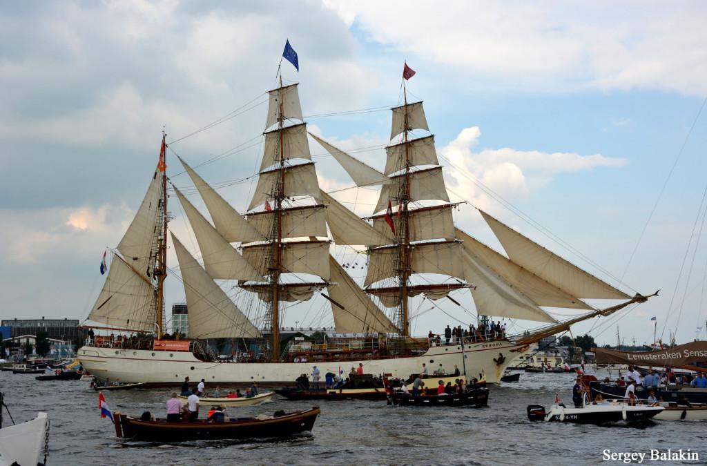 Голландский барк «Europa» на парусном параде