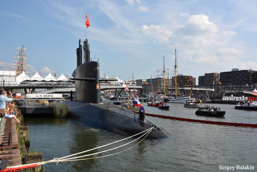 … и подводная лодка «Bruinvis»