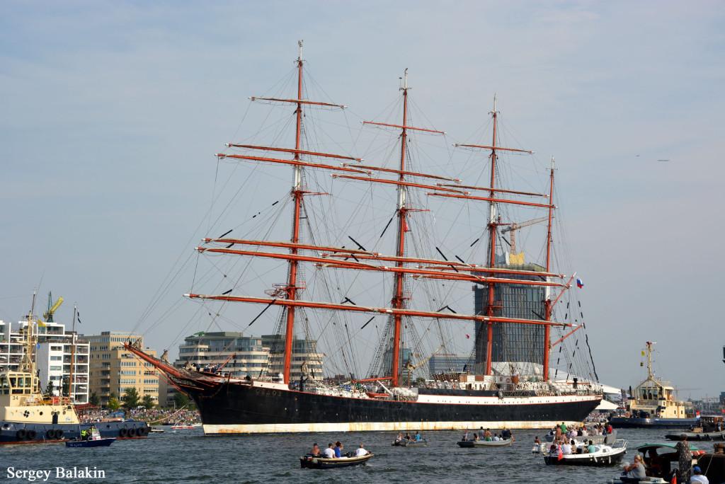«Седов» покидает Амстердам, 23 августа 2015 г.