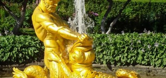 20 августа 294 года назад пущены знаменитые фонтаны и каскады Петергофа