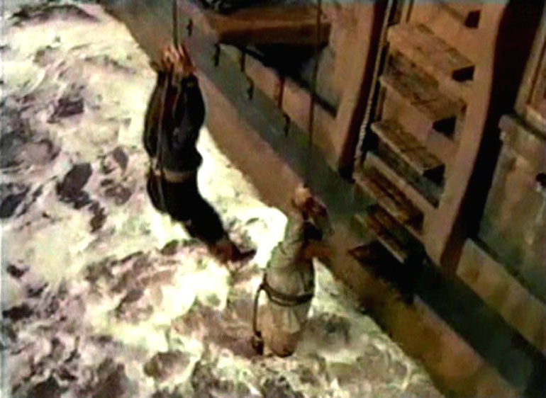 Килевание наказанного матроса. Кадр из кинофильма «Botany Bay» (1953 г.)