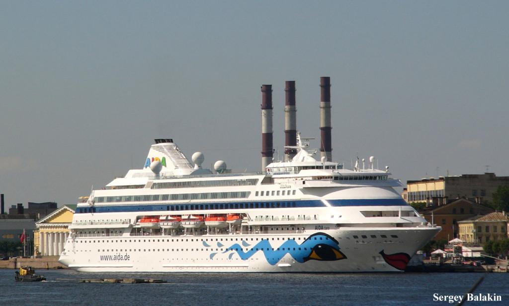 Первенец компании Aida Cruises в Санкт-Петербурге. Бывшая «Aida» с 2001 года называется «AIDAcara»