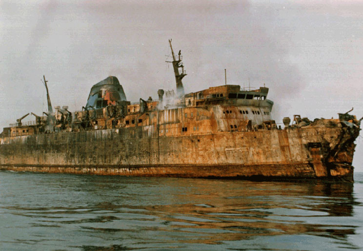 «Moby Prince» после пожара, 1991 г.