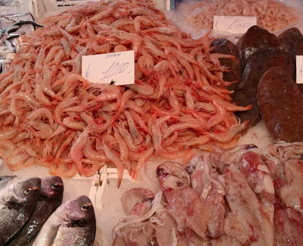 Рыбный рынок Катании. Сицилия.  Фото: А.Подколзин