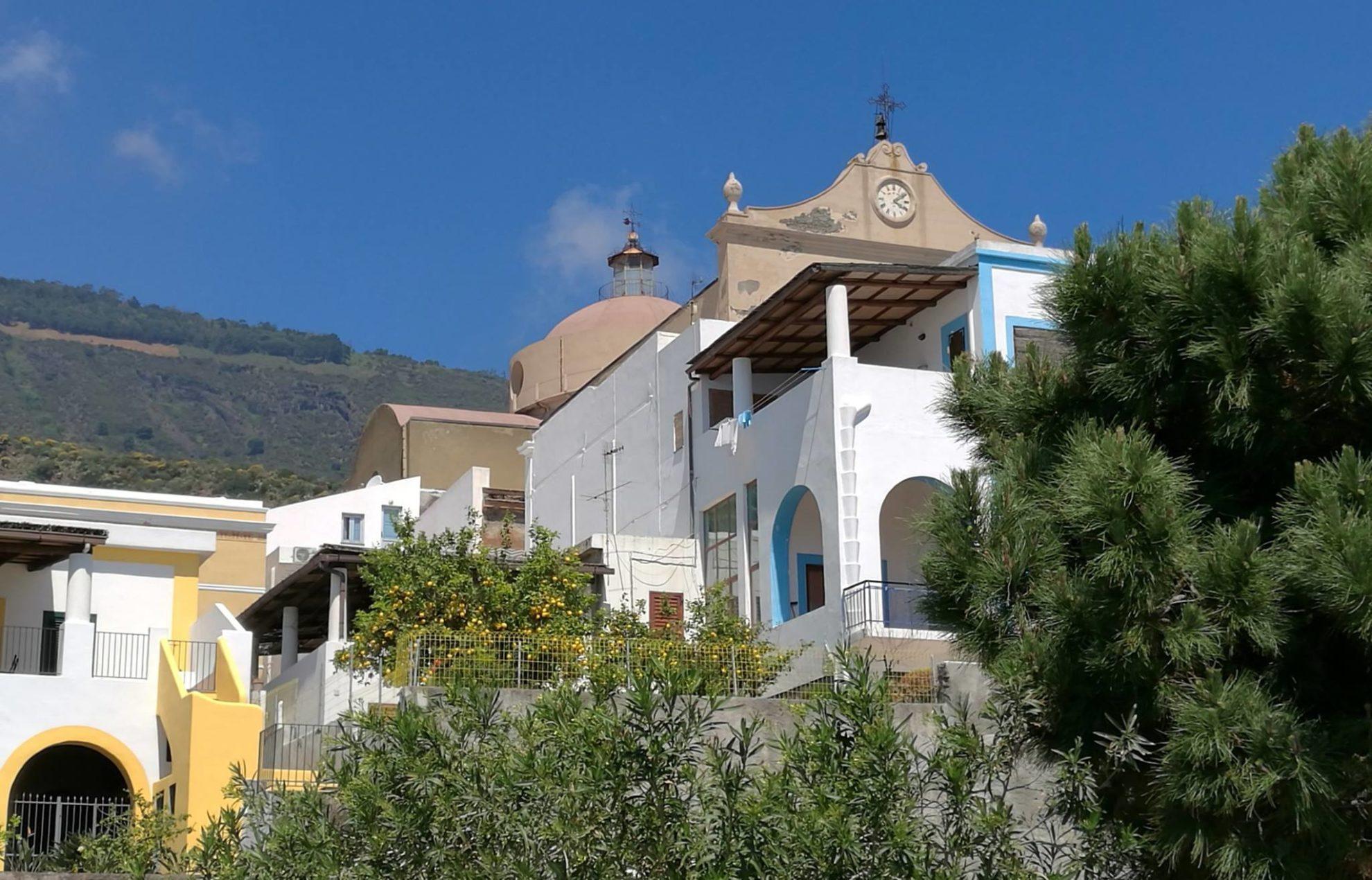 Остров Салина. Сицилия. Регата OML 2016. Фото А. Подколзин