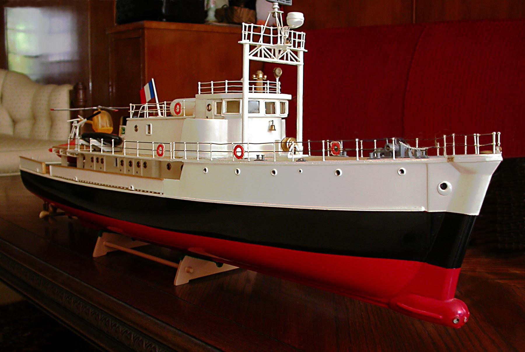 Модель судна Калипсо