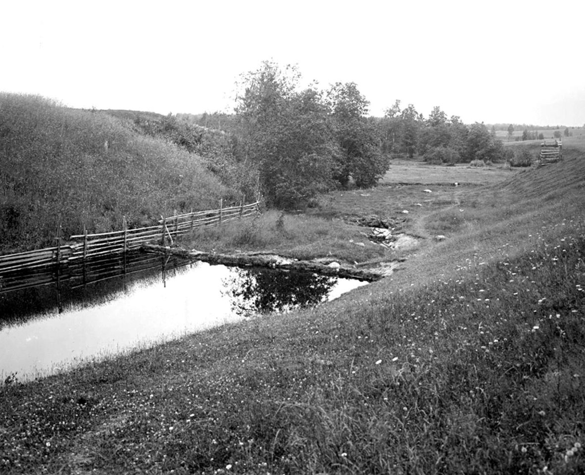 Переход через реку Волгу у д. Волгино на первой версте. к. XIX в. Тверская губерния, д. Волгино.