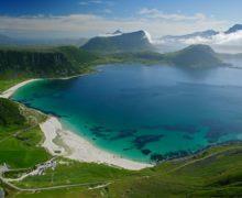 Один из лучших пляжей мира находится на Лофотенских островах.