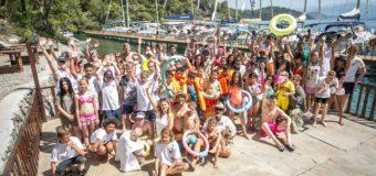 Детский благотворительный проект Kids For Freedom вышел в океан