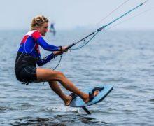 Елена Калинина — вторая на Кубке мира по кайтфойлингу