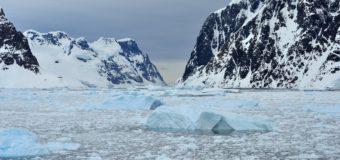 Ученые обнаружили реки подо льдом Антарктиды