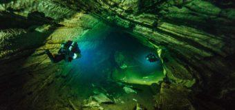 Свадьба в подводной пещере