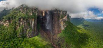 Самый высокий водопад мира: 8K-видео с дрона
