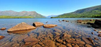 Иркутские дайверы очистили дно Байкала от браконьерских сетей
