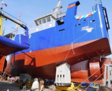 Сейнер-траулер «Всеслав» спущен на воду в Калининграде