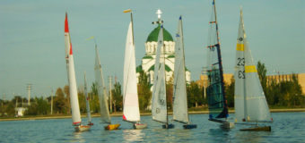 Гонки радиоуправляемых яхт пройдут в Астрахани