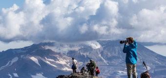 Туризм на Камчатке. Что ответит экология?