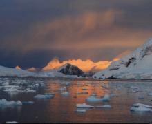 Петербургу предрекли проблемы в связи с таянием ледников Антарктиды