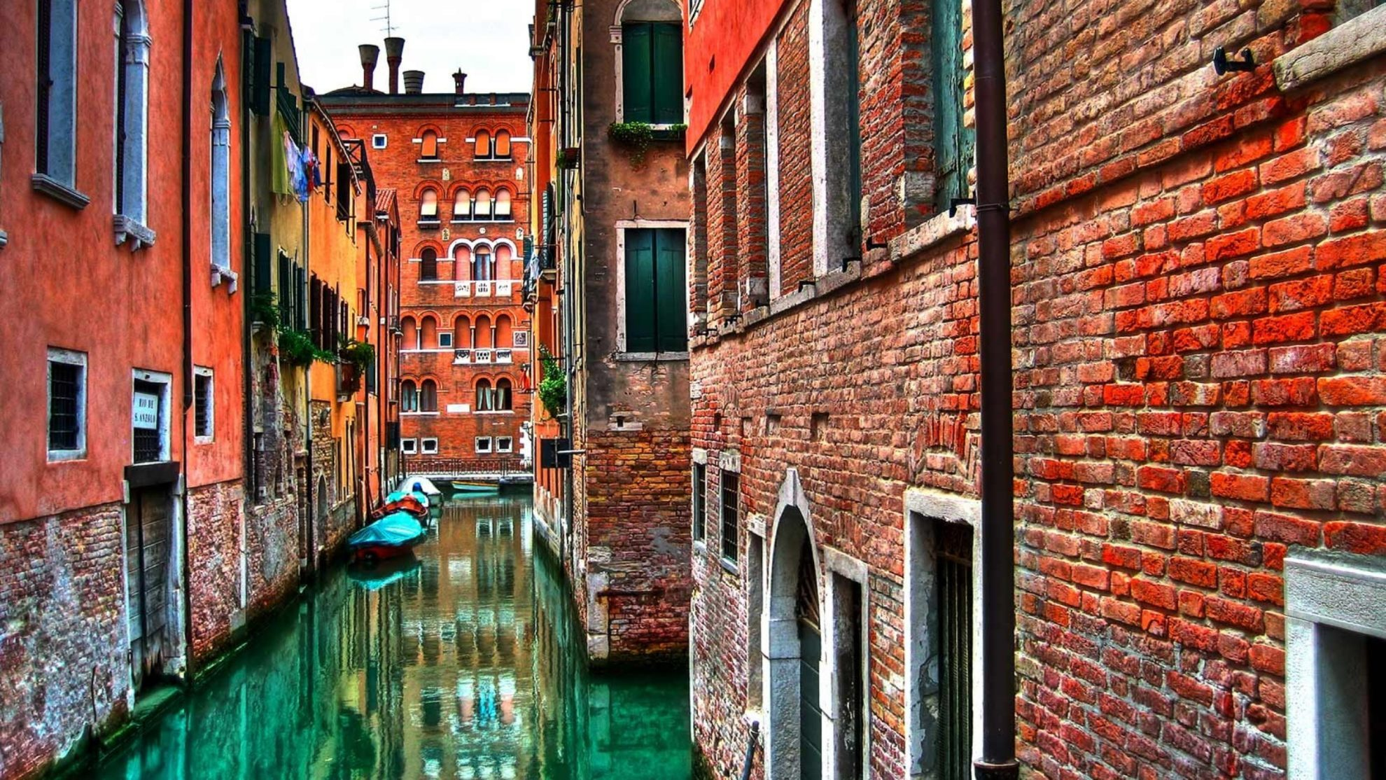venice-water-streets-nature-1440x2560