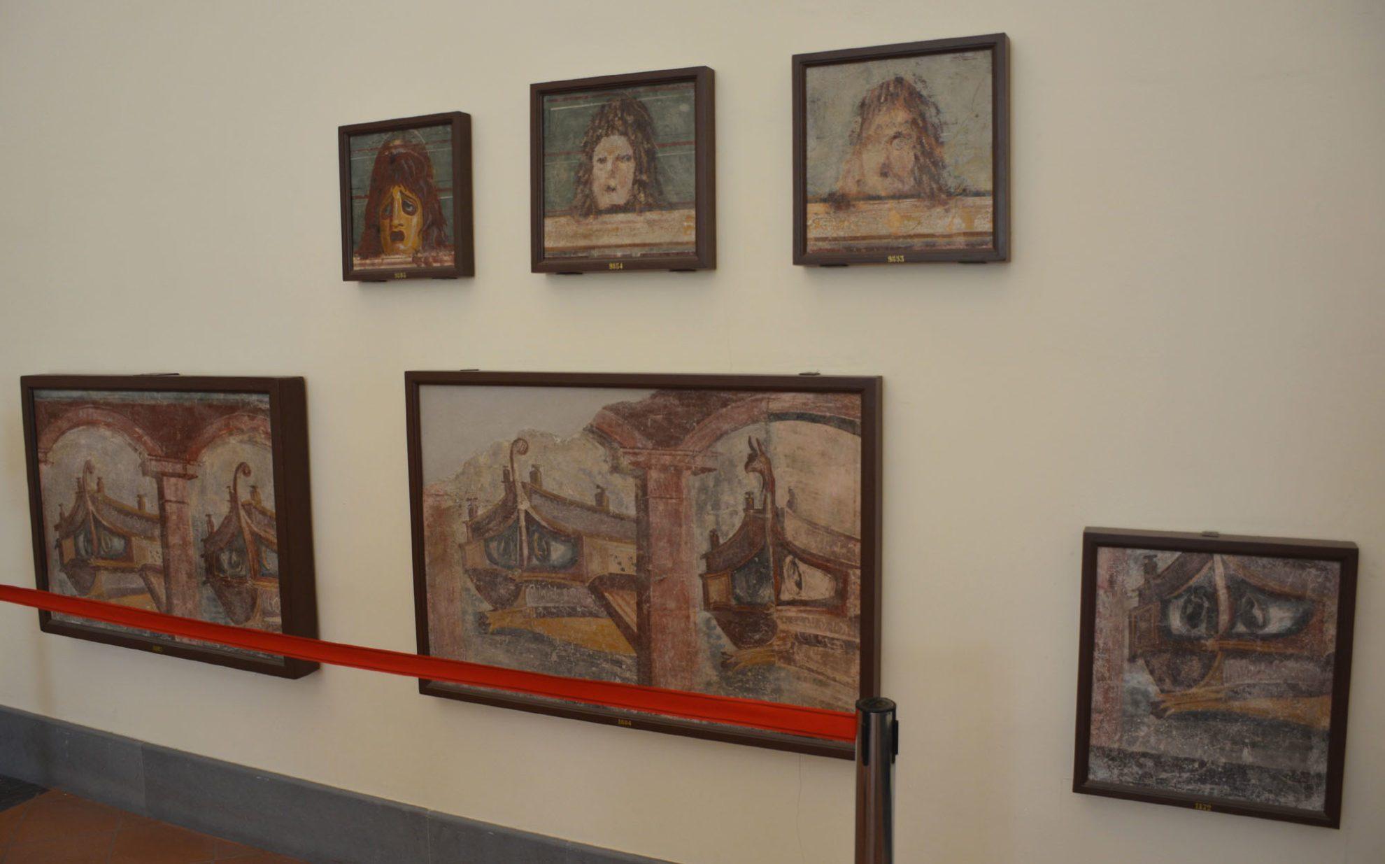 Фрески древних военных трирем