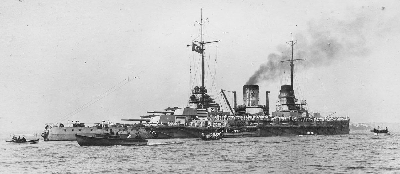 Линейный крейсер «Гёбен» под турецким флагом