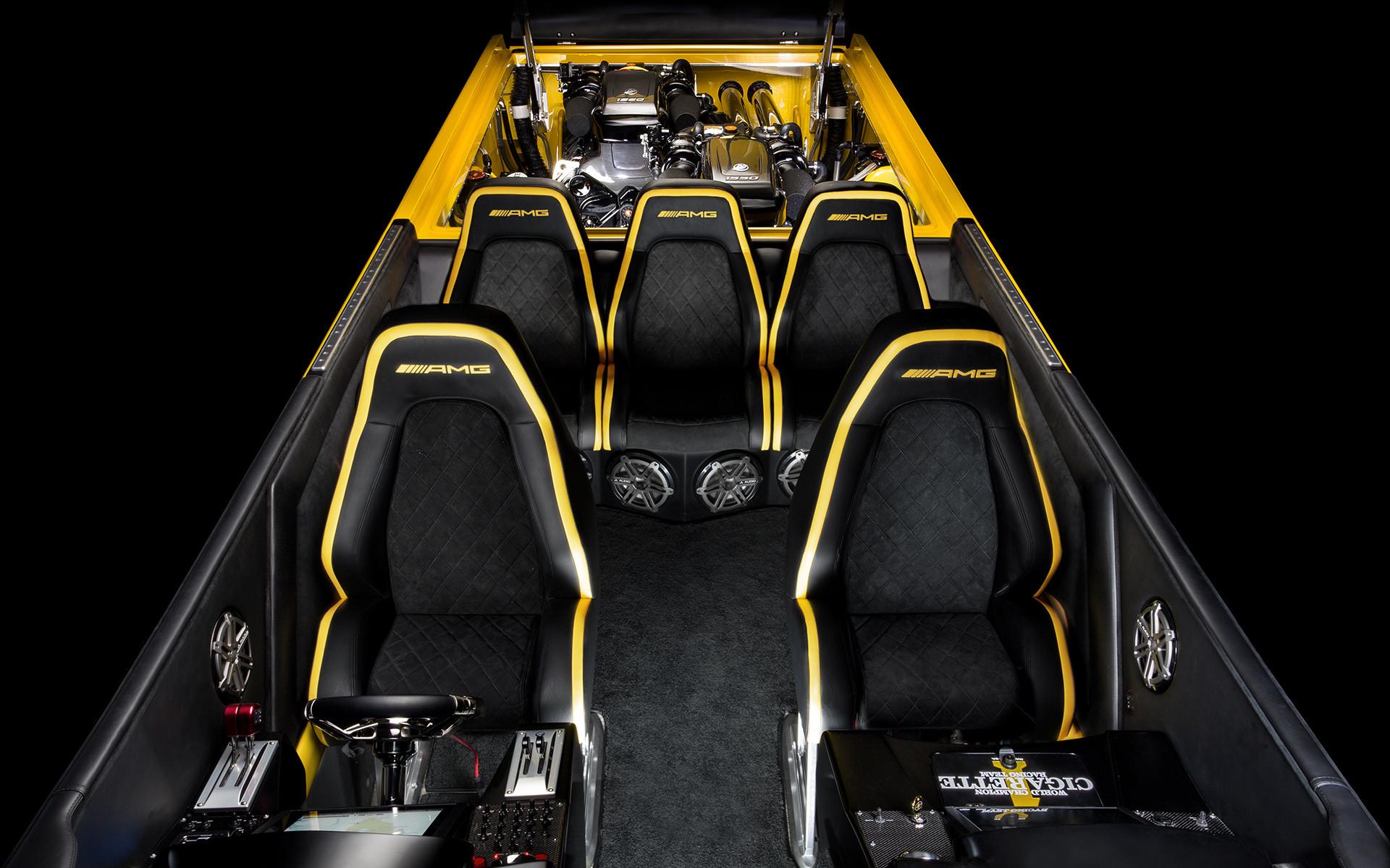 "катер ""Marauder GT S"" по мотивам ""Mercedes-AMG GT S"""