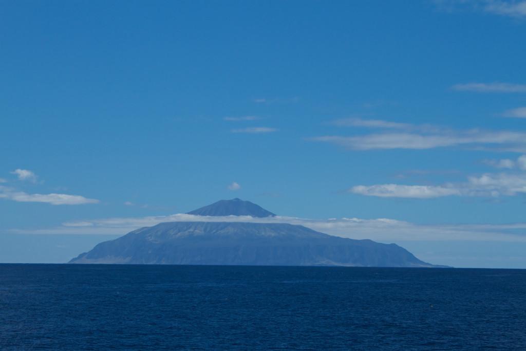 Tristan_da_Cunha,_British_overseas_territory-20March2012