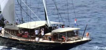 И все таки это очень грациозно и красиво – Sailing Yacht Marie.