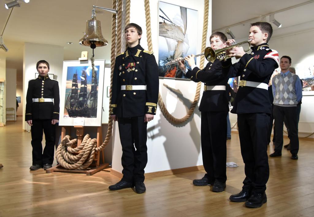 Курсанты морского кадетского класса на церемонии открытия фестиваля