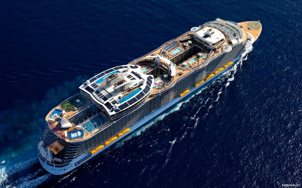 «Oasis of the Seas» в море