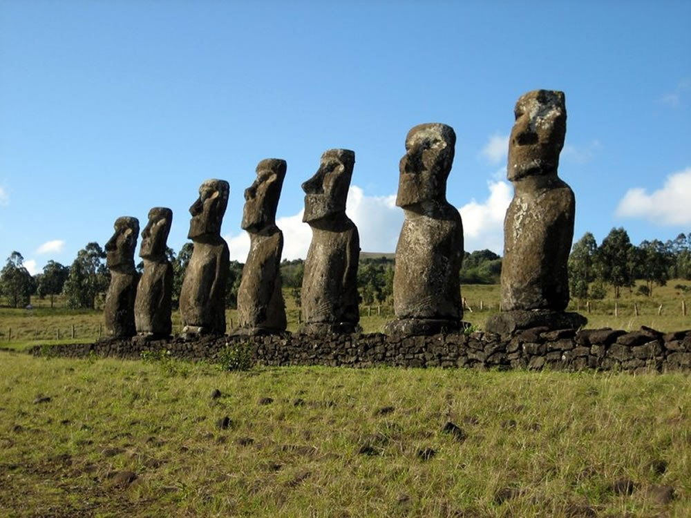 Идолы острова Пасха