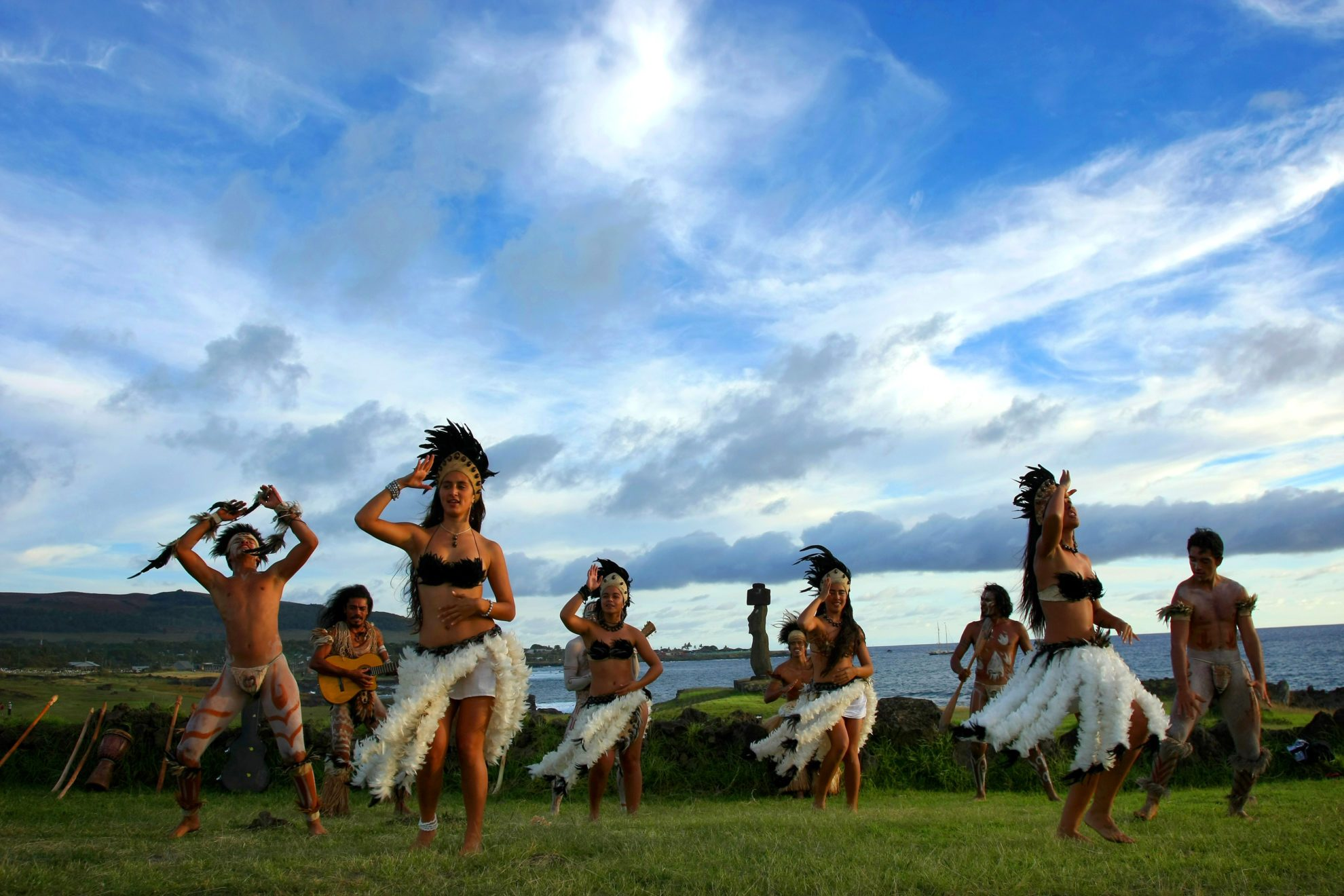 Народные танца рапануйцев.