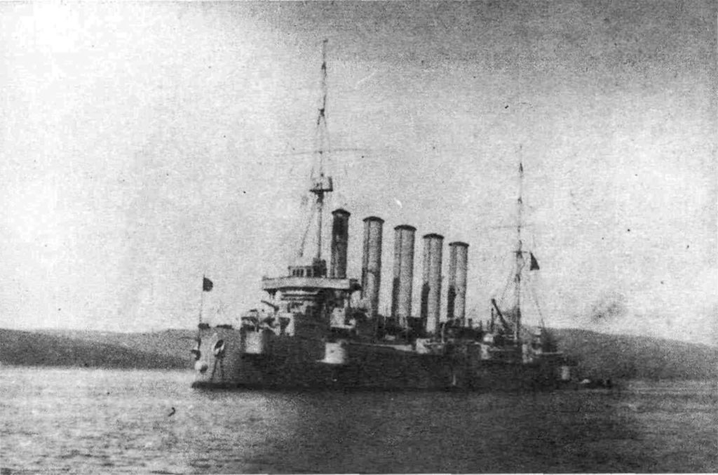 Крейсер Аскольд в составе флотилии Северного Ледовитого океана