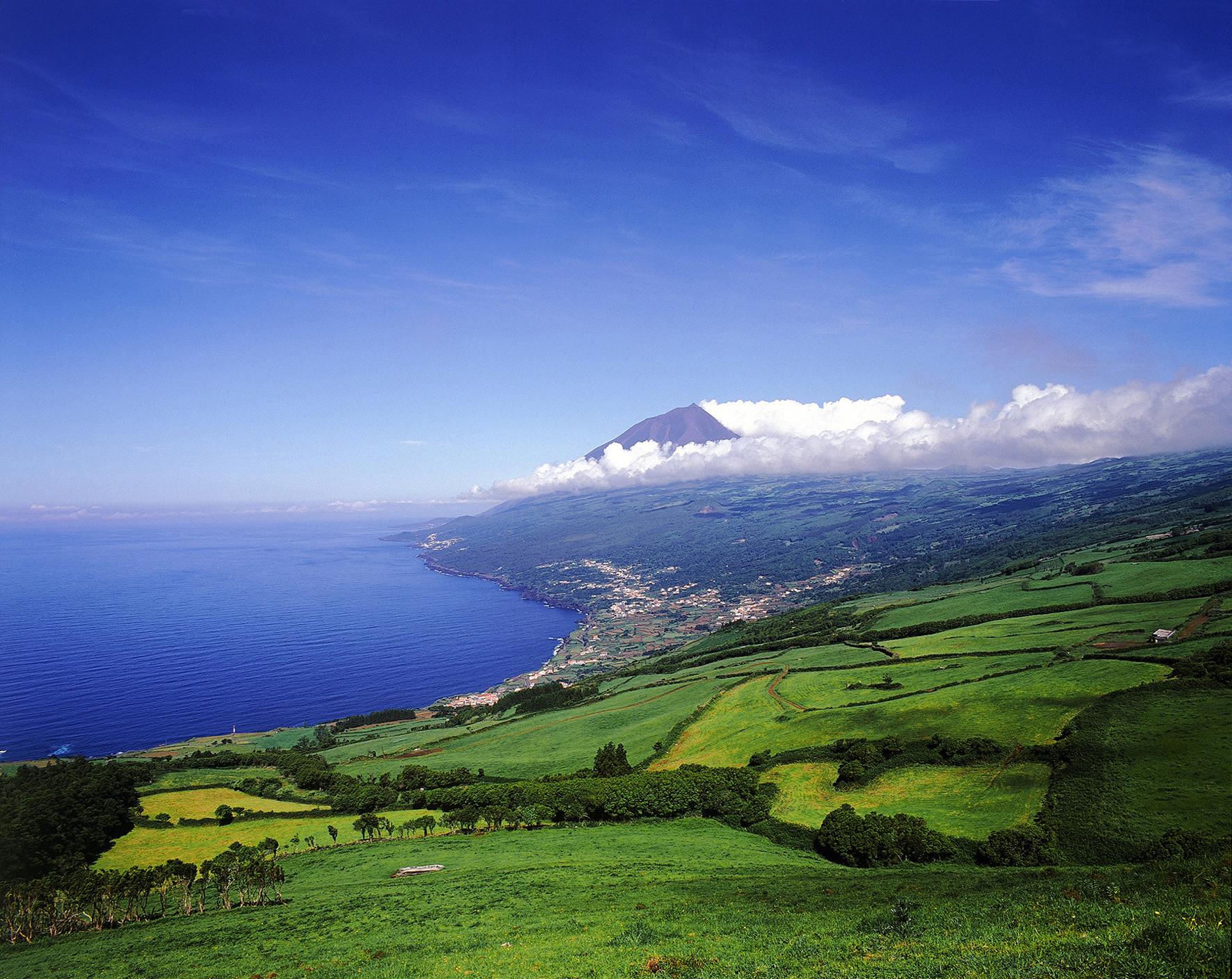 Побережье острова Пико
