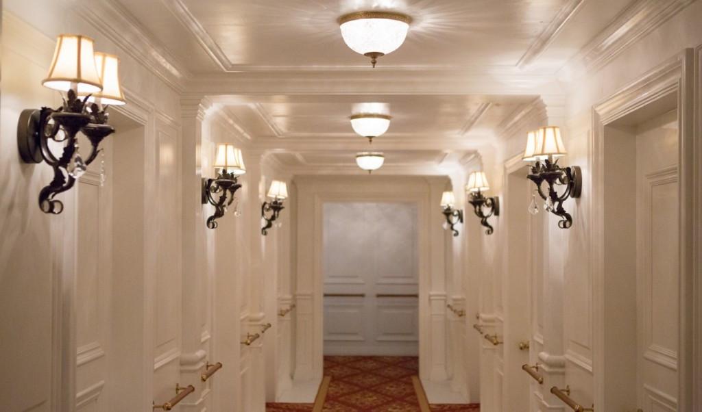 Все интерьеры будут восстановлены.  Фотография с выставки в Москве
