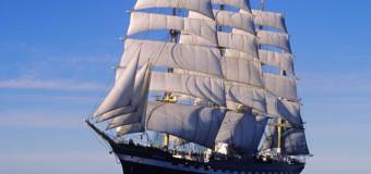 «Крузенштерн» протаранил два корабля береговой охраны в Рейкьявике