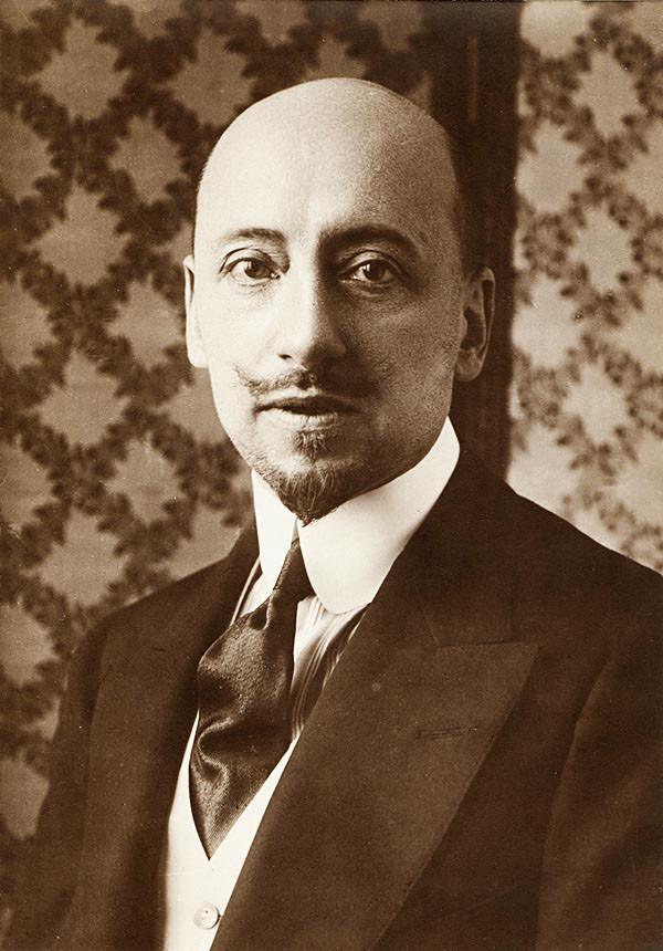 Габриэле д'Аннунцио (1863-1938)