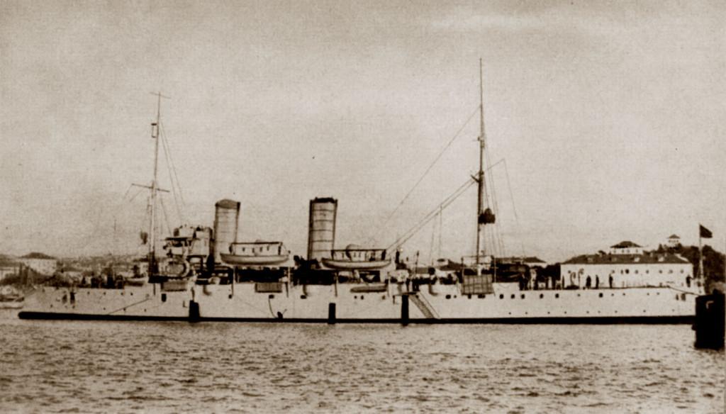 Крейсер «Пулья» на рейде Спалато (Сплита), 1919 г.