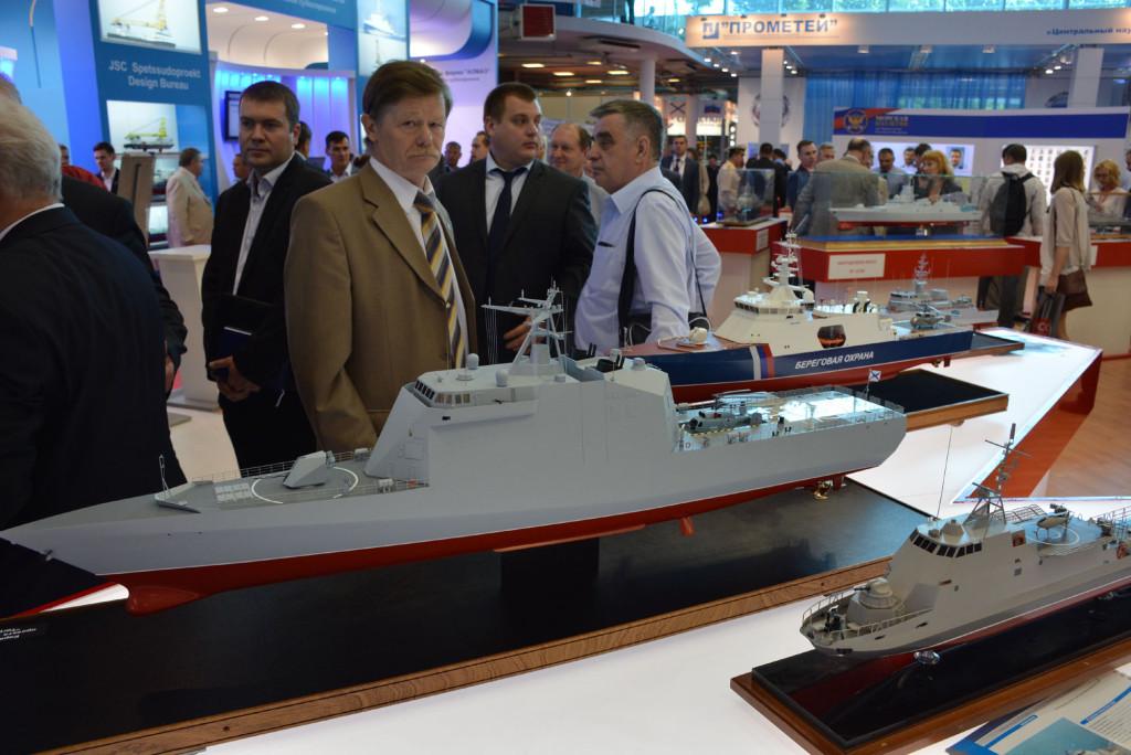 В павильонах МВМС было выставлено большое количество моделей перспективных проектов боевых кораблей