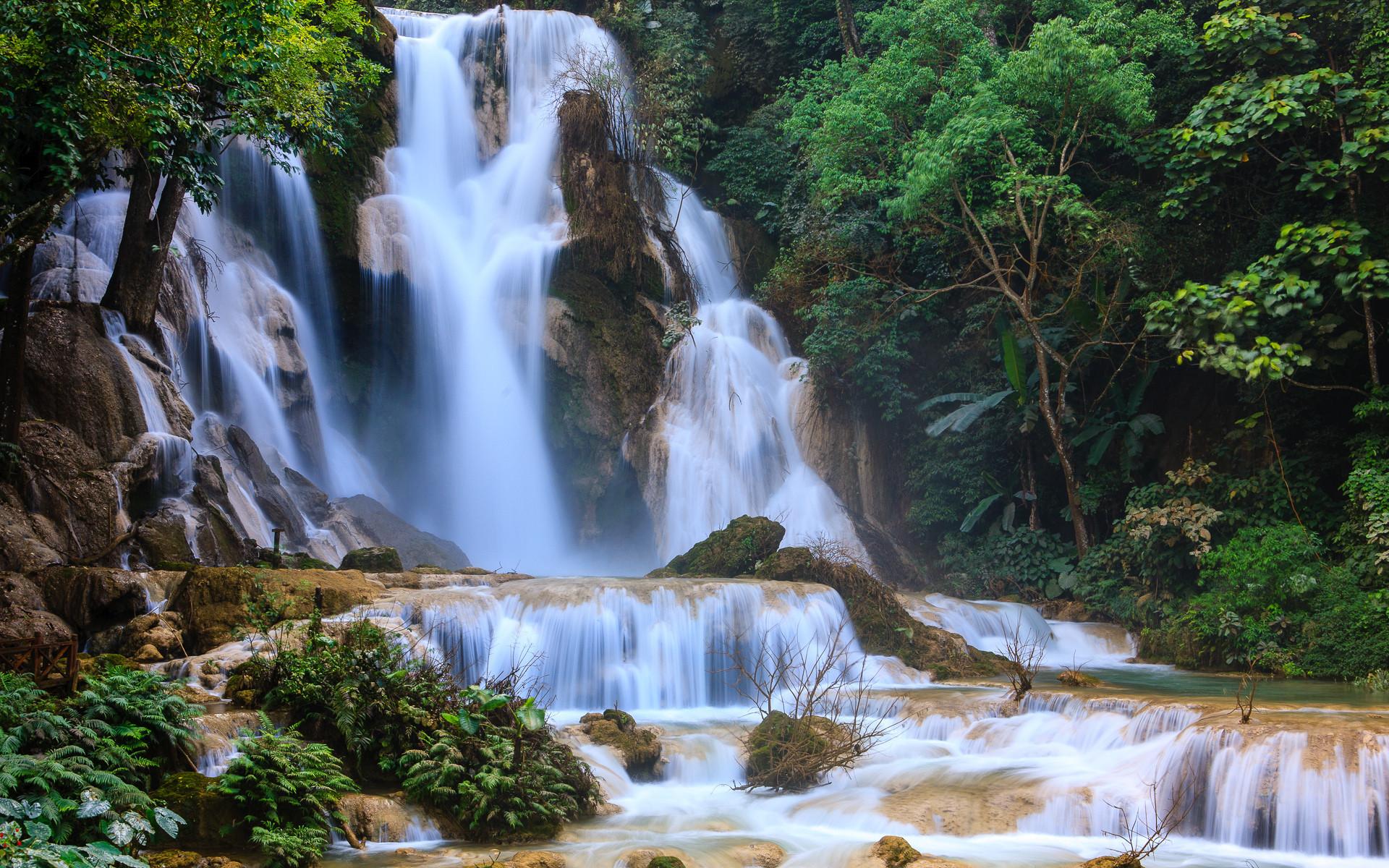 Водопады Kuang Si Falls. Лаос