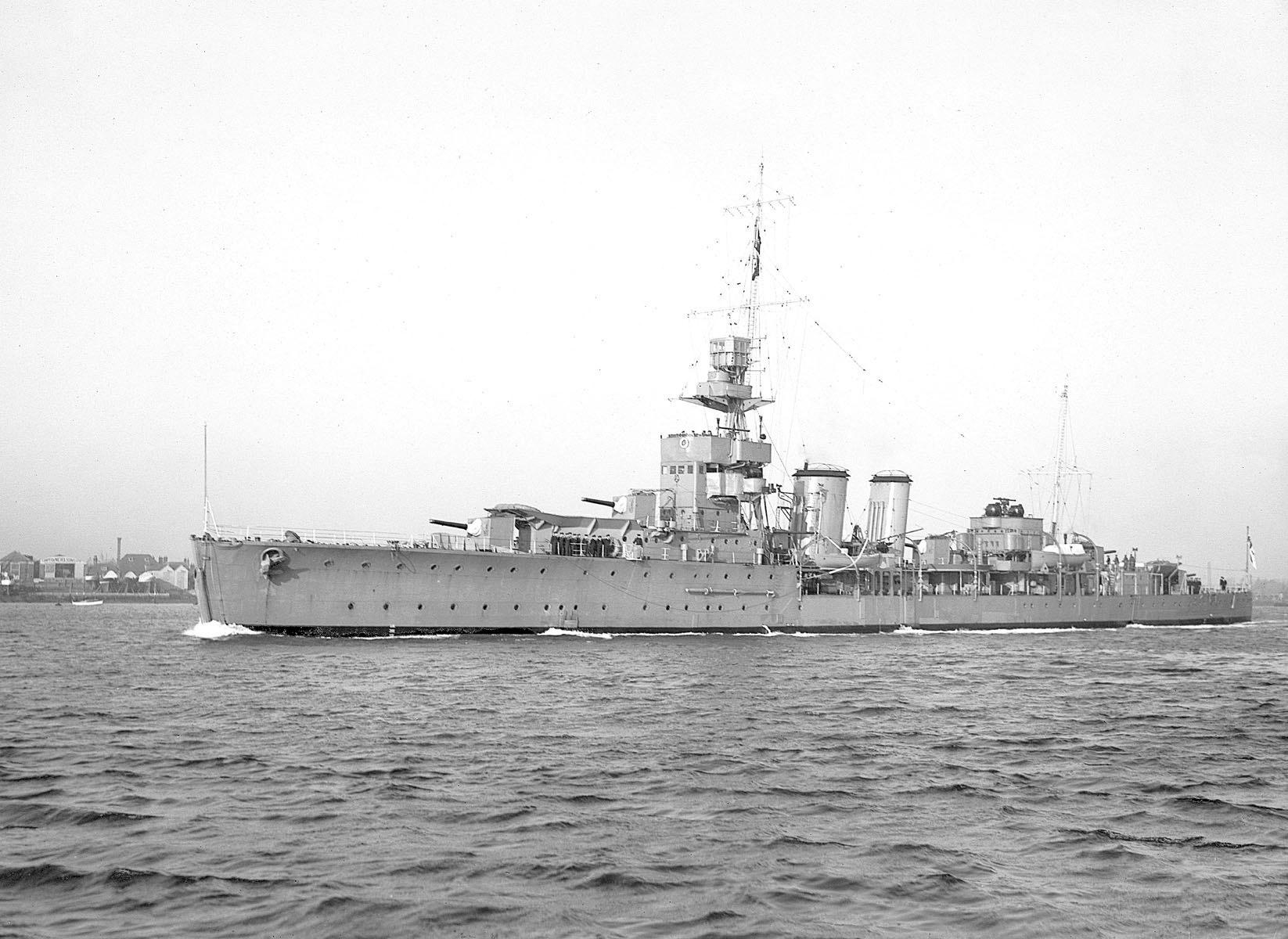 легкий крейсер Кюрасао,1937г.потом (1942г)